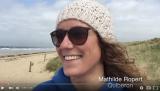 Pourquoi le kite nous rend il heureuse ? Episode 2 – Le bonheur selonMathilde